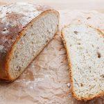 Domowy chleb pszenno-żytni na drożdżach