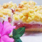 Ciasto pleśniak z truskawkami