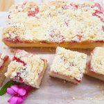 Szybkie ciasto z truskawkami i kruszonką