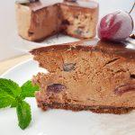 Sernik czekoladowy z wiśniami bez pieczenia