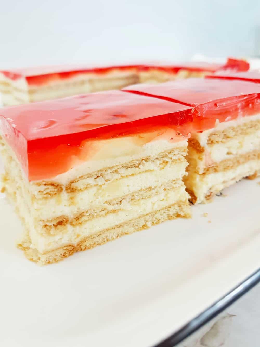 ciasto bez pieczenia z galaretką
